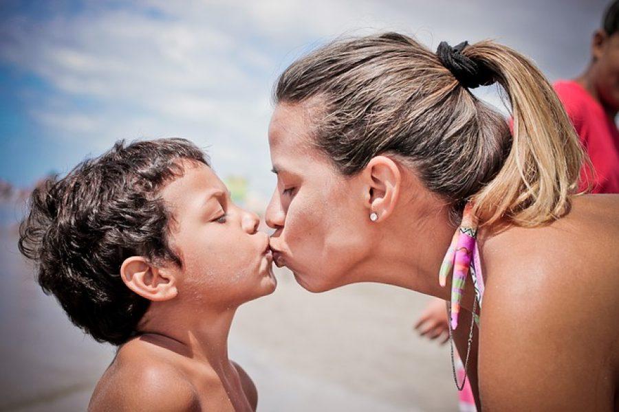 Wet Oatmeal Kisses
